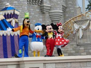 Walt Disney Figuren Kostüme